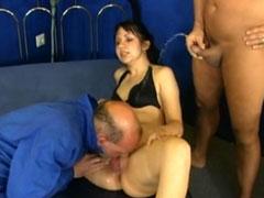 Amateur Pornodreh mit reichlich Natursekt