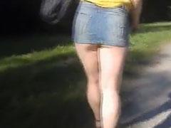 Frivol ausgehen im Park