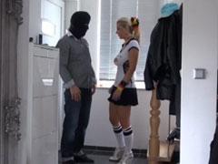 Vom Einbrecher gefickt