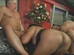 Swingers Porno-Orgie Lesbische Facesitting dreifach