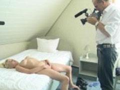 Deutsches Mädel beim Pornocasting