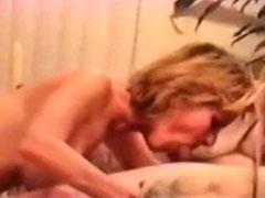 Reife Mutter hat gerne Sperma im Gesicht