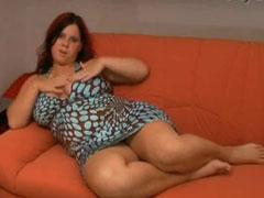 Dicke Möpse, fette Schenkel und eine grosse Fotze