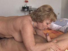 Gefickte Hausfrau