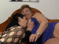 Fette reife Lesben unter sich