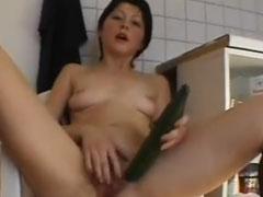 Hausfrauen lieben Sex mit Gurken
