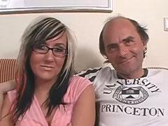 Opa in seinem ersten Amateur Porno