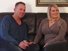 Dicke Blondine beim Pornocasting doppelt gefickt