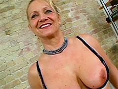 Alte Oma will Pornostar werden
