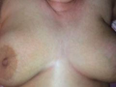 Dicke Titten und extrem haarige Fotze