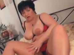 Hausfrau bei einem Pornocasting