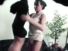 Zwei Mädels heimlich beim Lesbensex gefilmt
