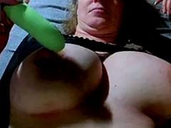 Muttern heimlich beim Masturbieren gefilmt